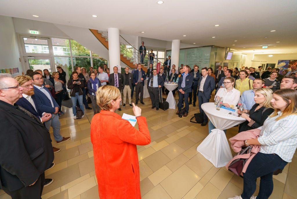 IHK Mittleres Ruhrgebiet Bochum, 02.05.2019 Eroeffnung Leonardo Lounge. Die Lounge ist ein Gemeinschaftsprojekt mit der RUB Ruhr-Universitaet Bochum. Foto Volker Wiciok